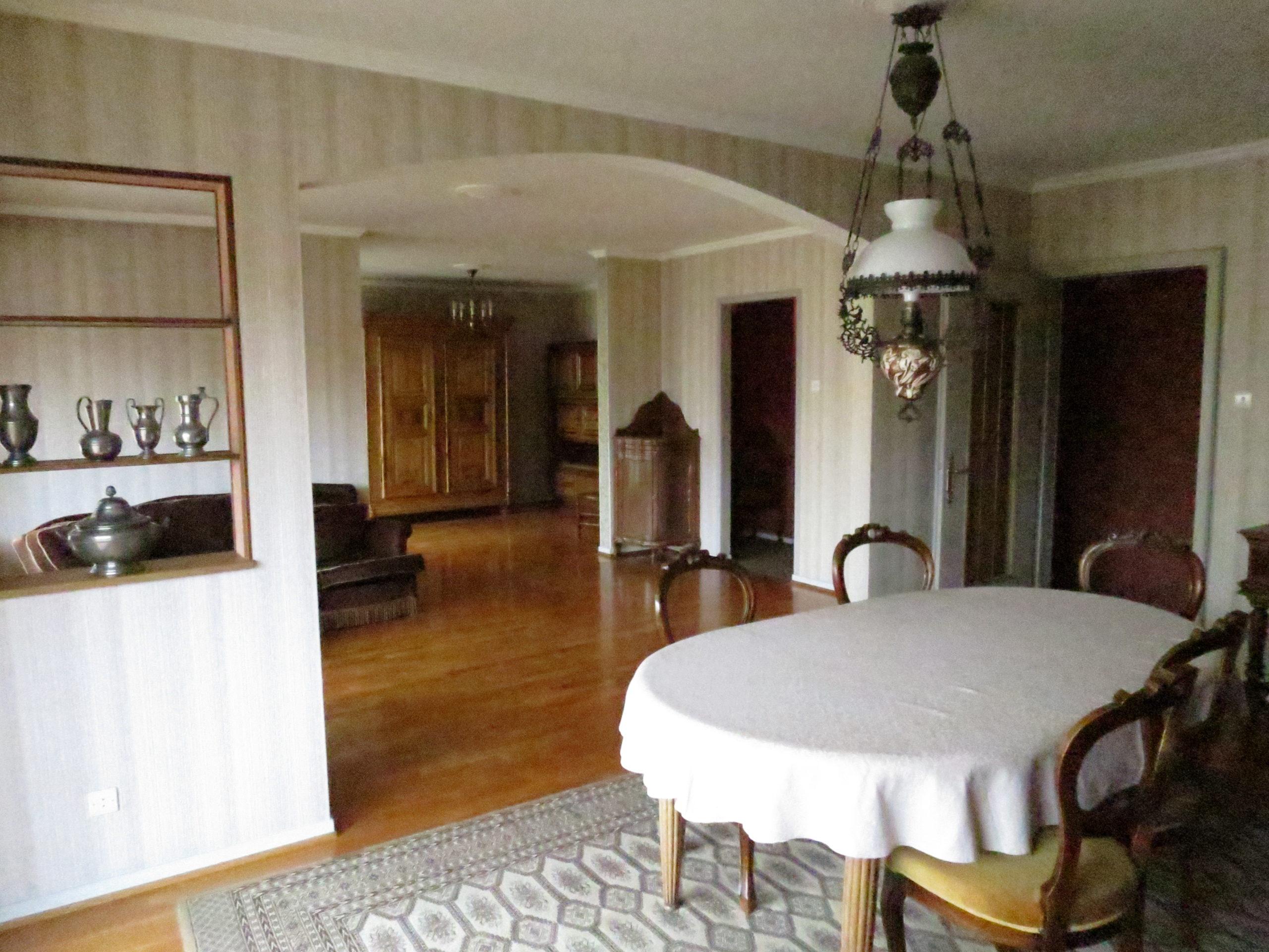 Neudorf, appartement 5 pièces 95 m2 avec balcon et garage